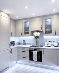 Home Interior Hamptons .Home Interior Hamptons Kitchen Room Design, Kitchen Cabinet Design, Modern Kitchen Design, Home Decor Kitchen, Interior Design Career, Home Interior, Kitchen Interior, Best Hacks, Living Room Decor Cozy