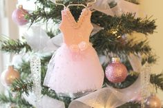 pink ballet Christmas tree decoration www.mendezmanor.com