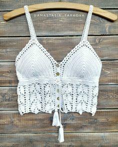 Crochet croptop by Anastasia Tarkova Crochet Bikini Pattern, Crochet Halter Tops, Crochet Crop Top, Crochet Blouse, Crochet Patterns, Gilet Crochet, Crochet Summer Tops, Crochet Woman, Crochet Fashion