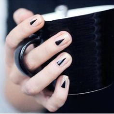 Black nail art designs can instantly add glamour to your look. We have collected all different type of black nail art designs you will surely love to try. Edgy Nail Art, Edgy Nails, Black Nail Art, Black Nails, Cute Nails, Pretty Nails, Nail Art Designs, Short Nail Designs, Nails Design