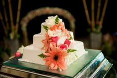 Pink Gerberas make a gorgeous decoration for the wedding cake