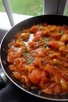 Tomate al curry - Veggie Recipes, Indian Food Recipes, Asian Recipes, Ethnic Recipes, Vegetarian Cooking, Vegetarian Recipes, Cooking Recipes, Healthy Recipes, Cuisine Diverse
