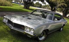 Oh, baby! Silver colored 1970 Buick GS with rims to match sitting in someone's yard. I wonder what it looks like under the hood. Buick Gsx, Buick Cars, Buick Skylark, Buick Regal, American Muscle Cars, Sexy Cars, Motor Car, Cars Motorcycles, Cool Cars