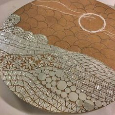 Security Check Required (New) The 10 Best Home Decor (with Pictures) – Yolun yarisi … . Single material-mirror project coming along… . Mosaic Tile Art, Mirror Mosaic, Mirror Art, Mosaic Glass, Glass Painting Patterns, Stained Glass Patterns, Mosaic Patterns, Mosaic Art Projects, Mosaic Crafts