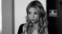 Imagen de gif, pretty little liars, and ashley benson