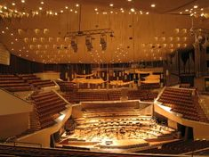 Berlin Philharmonic, Free concert on Tuesday at 1