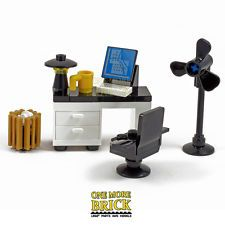 Office Desk with Computer, Keyboard, Letter, Coffee Machine & accessories LEGO-Office-Desk-with-computer-keyboard-lamp-bin-fan-mug-office-chair Lego Duplo, Lego Modular, Lego Design, Design Design, Lego Office, Office Desk, Office Chairs, Legos, Construction Lego