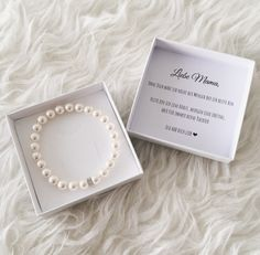 Bride mom gift bracelet- Brautmama Geschenk Armband Mother of the bride gift wedding. Bride mom pearl bracelet with 925 silver flowers rondelle and gift box. Mother of the bride gift idea. Night Wedding Photos, Wedding Night, Diy Wedding, Wedding Favors, Wedding Gifts, Wedding Bride, Wedding Flowers, Gifts For Mum, Mother Gifts