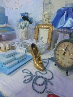 Cinderella may became your favorite figure when you are a child, and having a cinderella wedding theme was your childhood … Cinderella Sweet 16, Cinderella Theme, Cinderella Birthday, Cinderella Wedding, Cinderella Decorations, Cinderella Centerpiece, Cinderella Invitations, Cinderella Quinceanera Themes, Quinceanera Decorations