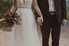 Lace Wedding, Wedding Dresses, Gif Videos, Inspiration, Photography, Fashion, Wedding Photography, Marriage Anniversary, Newlyweds