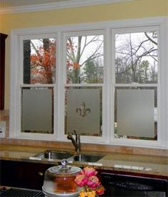 Fix up the ugly view of fence and neighbour's bathroom, toilet and laundry with frosted window film. The generous margins and central cut-out add interest and a more airy feeling.