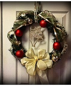 Christmas Wreath with Sparkly Gold Reindeer by FinnzUp on Etsy, $20.00