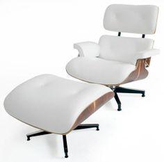 Loja Desmobilia, poltrona e banqueta Charles e Ray Eames