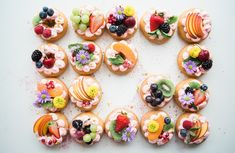 Style : Dessert Food Trucks In To Make Your Sweet Tooth Ache Keep Desserts Giveaway Brooke Lark ~ Stylenijusis Mini Desserts, Best Vegan Desserts, Healthy And Unhealthy Food, Healthy Eating Tips, London Dessert, Vegan Wedding Food, Galette Des Rois Recipe, Fruits Decoration, Diet Recipes