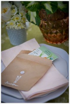 Garden party seed packet favors DIY  via Camille Styles. Click photo for instructions.