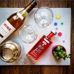 Cocktail Ibérie, sur une base de cognac et sirop de fraise – Copyright © Gratinez