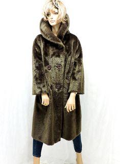 5babe817e319 Long faux fur coat / size M / vintage 60s brown faux fur coat Brown Faux