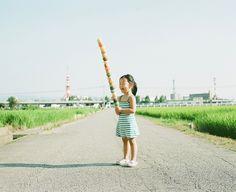 Proud Dad Photographs His Photogenic Little Princess - Japanese photographer Nagano Toyokazu