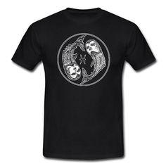 Black T-Shirt mit 'FISCHE' - Illustration. Nur 19,90€ unter: www.shop.spreadshirt.de/bbioscr  #tshirt #black #sternbild #sternzeichen #horoskop #tierkreiszeichen #signofthezodiac #zodiacsign #handdrawn #handgemalt #handgezeichnet #dotwork #tattoo #tattooart #tattooinsta #tattoostyle #urban #urbanwear #urbanstyle #streetart #streetwear #streetstyle #bbioscr #bebiandoscar #bebiandoscarclothing #independentclothing
