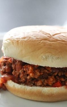 These Ground Turkey Sloppy Joes are a healthier twist on traditional sloppy joes and are so easy to make. These sloppy joes are made from scratch for a meal the whole family will love. Turkey Meatloaf, Easy Meatloaf, Turkey Bacon, Bacon Egg, Ground Turkey Sloppy Joes, Ground Turkey Spaghetti, Homemade Spaghetti Sauce, Sloppy Joes Recipe, Turkey Recipes