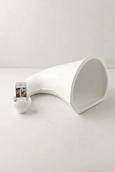 Anthropologie - Alphorn iPhone Amplifier
