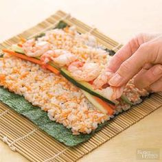 I Love Sushi . and then finished up at an awesome sushi cafe in the dark as well as ordered virtually the full selection! Seafood Dishes, Seafood Recipes, Cooking Recipes, I Love Food, Good Food, Yummy Food, Sushi Comida, Sushi Food, Sushi Sushi