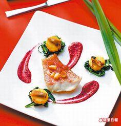 紅條、杜蘭麵餃、紫醬汁、新鮮黑松露2280元套餐主菜選擇 香煎魚肉搭麵疙瘩和黑松露醬,香氣口感兼具。