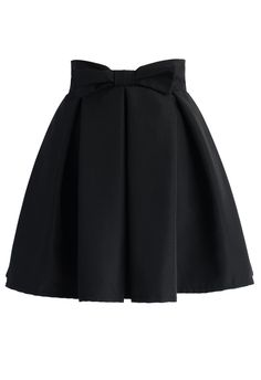 Sweet Your Heart Bowknot Pleated Skirt in Black - Skirt - Bottoms - Retro, Indie and Unique Fashion Unique Fashion, Look Fashion, Skirt Fashion, Fashion Outfits, Lila Outfits, Skirt Outfits, Cute Outfits, Pleated Skirt, Dress Skirt