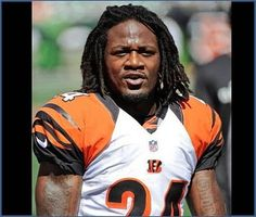 Bengals' Adam Jones charged with assaulting woman outside of a Cincinnati bar. The defensive back tweeted that he was defending himself.