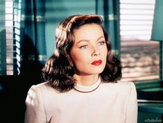 Gene Tierney in Leave Her to Heaven (1945). It just kills me that the walls are the same color as her eyes.