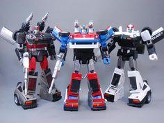 Transformers Masterpiece MP-19 Smokescreen with MP-18 Streak (Bluestreak) and MP-17 Prowl