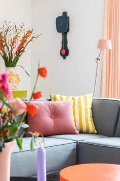 Interior Styling, Interior Decorating, Interior Design, Home Living Room, Living Room Furniture, Colourful Living Room, Happy House, Pastel, Decoration