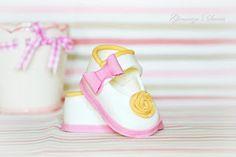Ghemutza's Sweets: Marturii Pantofiori Dulci Cake Decorations, Cakes, Sneakers, Fashion, Tennis, Moda, Slippers, Cake Makers, Fashion Styles