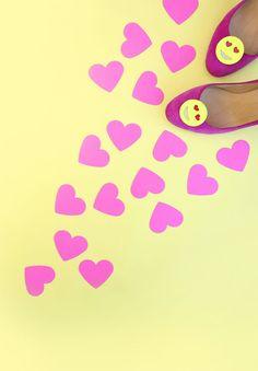 DIY Emoji Shoe Clips | damask love