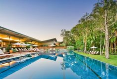 The Byron at Byron Resort & Spa hotel: Dani Lombard's review has us feeling like you're in the middle of nowhere, not in one of the country's most popular tourist towns… http://bit.ly/Byron-Resort