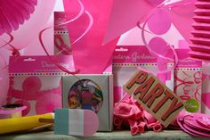 Ultimate Pink Theme Fun Party Box Photo Booth & Decor Pack Bunting Balloons