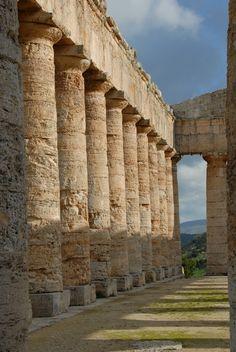 Le site grec de Ségeste en Sicile, Italie