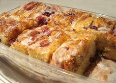 Cranberry Sticky Buns... Thanksgiving breakfast?
