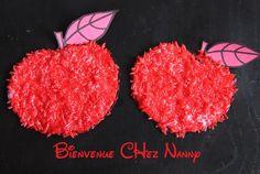Pomme rouge en riz coloré