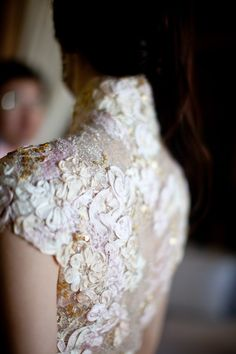 Beautiful hand-sewn details on this cheongsam. Love love love this. For more beautiful wedding ideas, visit my blog: www.rebeccachan.ca/blog