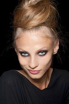 #Cheveux droits à la #Lanvin