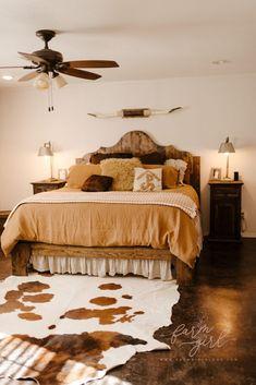 Western Bedroom Decor, Western Rooms, Cute Bedroom Decor, Room Ideas Bedroom, Home Bedroom, Rustic Master Bedroom Design, Country Master Bedroom, Western Decor, Cowgirl Room