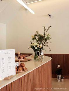 Cafe Interior Design, Interior Concept, Studio Interior, Cafe Design, Life Kitchen, Studio Kitchen, Commercial Design, Commercial Interiors, Cafe Restaurant