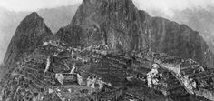 1912 First photos of Machu Picchu. It remains one of the most mysterious regions on the globe. Although it's original use is unknown, we know it was constructed in the century and ultimately abandoned. Rare Photos, Old Photos, Vintage Photos, Guess The Movie, First Photograph, Ancient Ruins, Black N White Images, Machu Picchu, Great Pictures