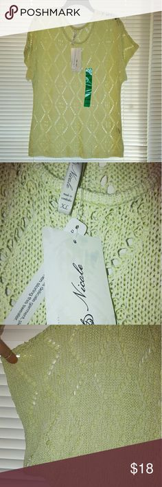 "Beautiful diamond knit sweater, NWT Short sleeves,  pretty open diamond pattern knit, cotton polyester blend, ""Lime Pop"" pale green color, Leo & Nicole  from Belk Leo & Nicole Sweaters"