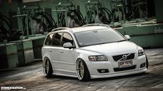 Slammed+Volvo | Thai-Style // Momm's slammed Volvo V50. | StanceNation™ // Form ...