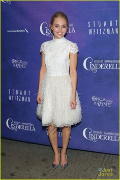 Full sized photo of AnnaSophia Robb: 'Cinderella' Opening Night! and annasophia robb cinderella bway opening Check out the latest photos, news and gossip on celebrities and all the big names in pop culture, tv, movies, entertainment and more. Stuart Weitzman, Celebrity Pictures, Celebrity Style, Lovely Dresses, Flower Girl Dresses, Vogue, Annasophia Robb, Hollywood Life, Hollywood Actresses