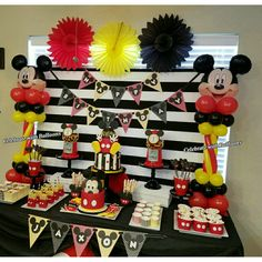 Mickey Mouse Birthday  Centerpieces Mickey Mouse Balloons, Mickey Mouse Bday, Mickey Mouse Parties, Birthday Centerpieces, Balloon Centerpieces, 2nd Birthday Parties, Birthday Ideas, First Birthdays, Rapunzel