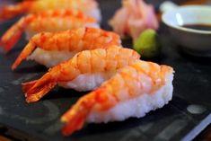 Przygotowanie krewetek do sushi (Ebi nigiri) Sashimi, Nigiri Sushi, Japanese Food, Food Inspiration, Shrimp, Seafood, Bakery, Menu, Favorite Recipes
