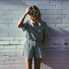 Double up on stripes to give your outfit that extra something effortlessly. Mode Chic, Mode Style, Mode Lookbook, Summer Outfits, Cute Outfits, Minimal Chic, Overall, Look Fashion, Fashion Fall